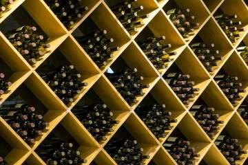 Acheter du vin rouge ou du vin blanc à Podensac